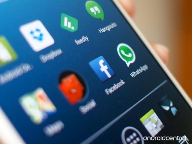 В Facebook  работают над приложениями, предназначенными для виртуальной реальности