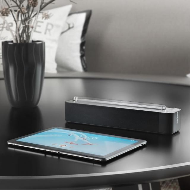 Планшети Lenovo Tab M10 та Tab P10 вже в Україні