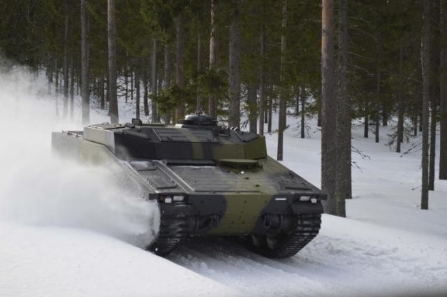 Бронемашина CV90 от компании BAE System использует технологию гоночной подвески