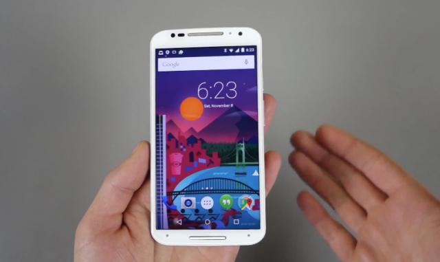 Android 5.0 Lollipop на смартфоне Moto X в новом видео