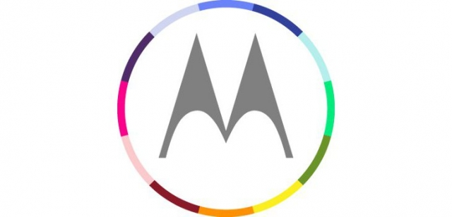"""Motorola работает над 6"""" фаблетом"""