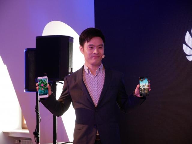 В Киеве прошла презентация флагманских смартфонов Huawei - P10 и P10 Plus