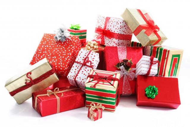 Лучшие подарки для любимой девушки на Новый год