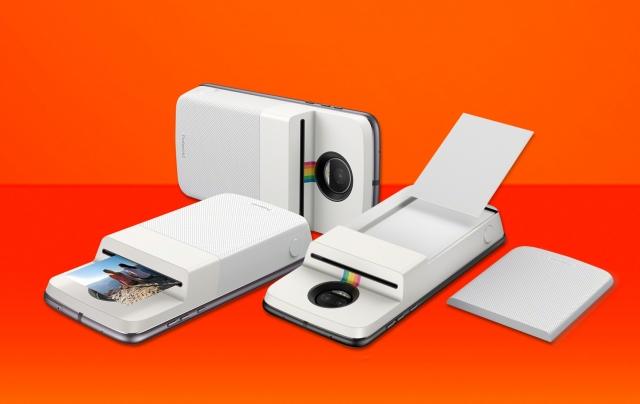Motorola випустила модуль Moto Mods з функціями камери Polaroid