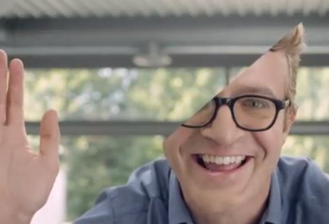 Microsoft придумала оригинальную рекламу селфифону Lumia 735