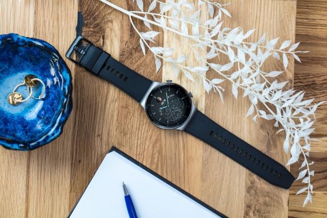 Huawei представила в Україні новий смарт-годинник Huawei Watch GT2 Pro у титановому корпусі та з сапфіровим склом!