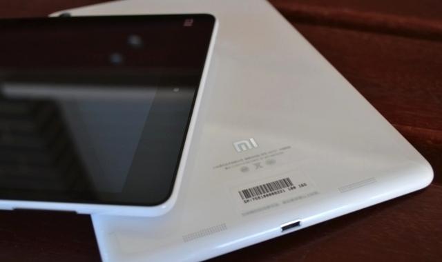 Первый взгляд на новый планшет Xiaomi MiPad 2, работающий на процессоре Intel