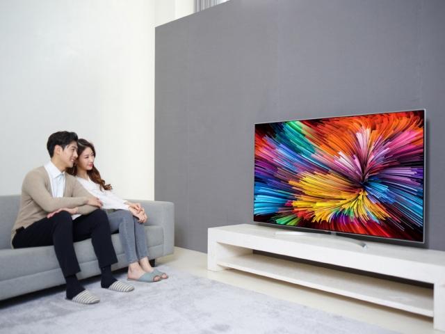 Новые премиальные UHD-телевизоры LG