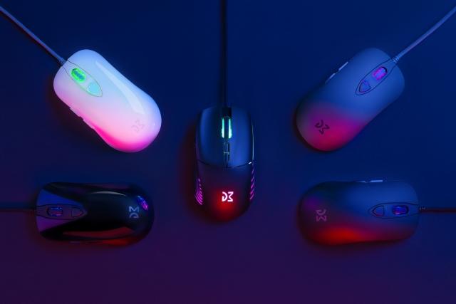 Вдосконалена класика vs футуристичний дизайн: огляд ігрових мишей DM1 FPS та DM5 Blink від Dream Machines