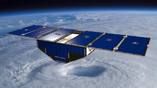 Спутники НАСА будут предсказывать путь ураганов