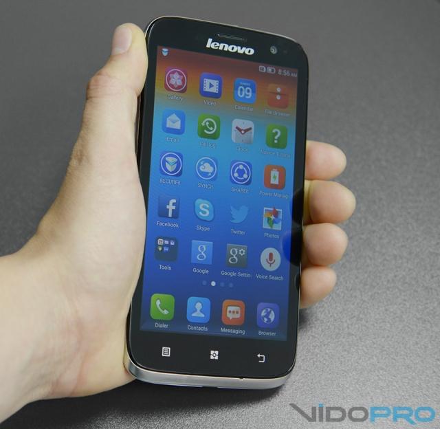 Продажи смартфонов Lenovo выросли на треть