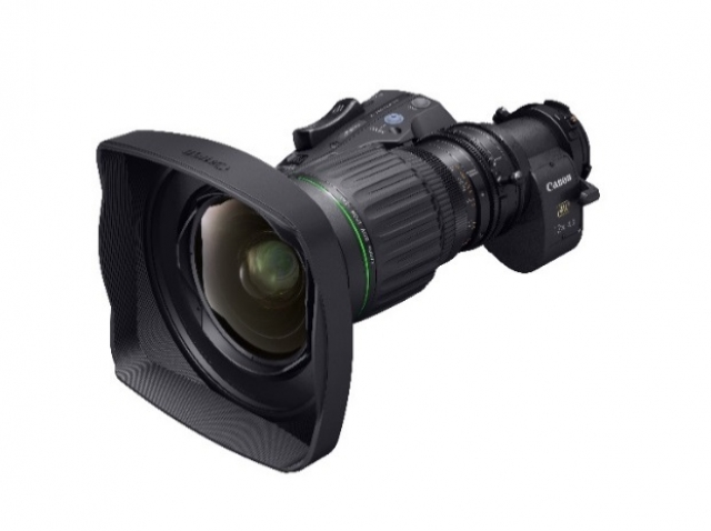 Портативный телеобъектив Canon с самым широким углом обзора и поддержкой 4К