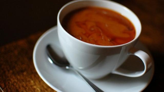 Сахар изменяет химический состав чая и кофе