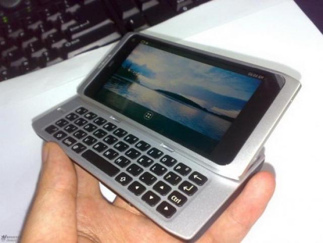 MeeGo-смартфон Nokia N950