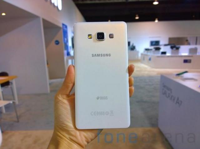 Samsung Galaxy A7 уже доступен