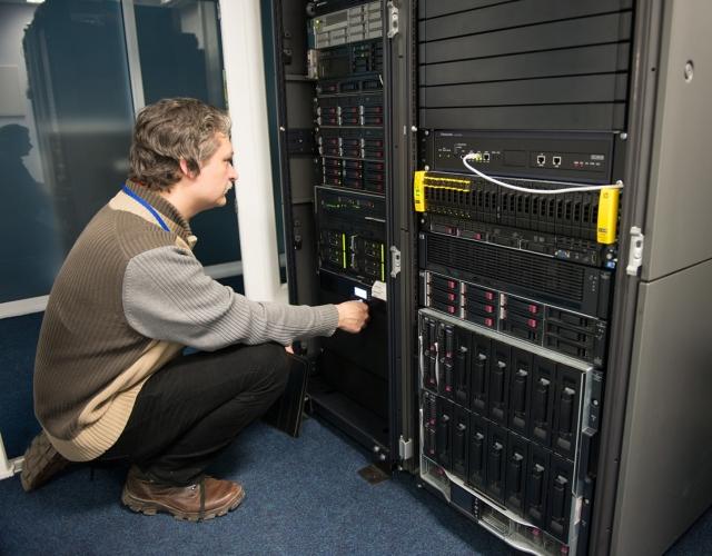 О программах обучения и сертификации по серверам HP