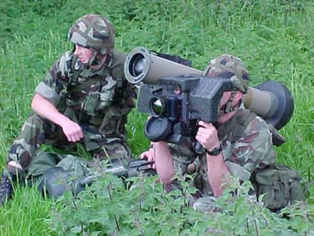 Переносной противотанковый ракетный комплекс Javelin