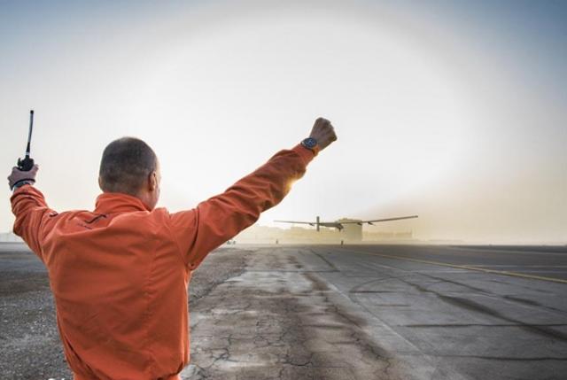 Solar Impulse 2 приземлился в Индии во время своего кругосветного путешествия на солнечной энергии