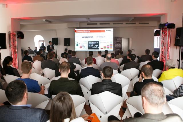 Lenovo презентовала новую линейку продуктов - серверы x86