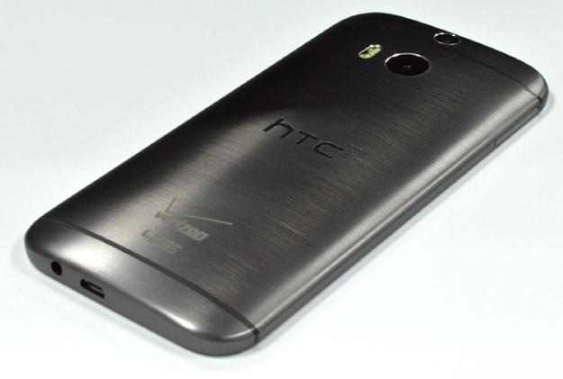 Первые качественные фотографии HTC One M8