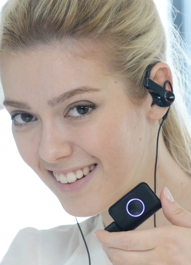Новые устройства для фитнеса Lifeband Touch и Heart Rate Earphones