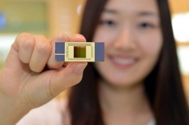 Чипы флэш-памяти с вертикальной архитектурой 3D Vertical NAND