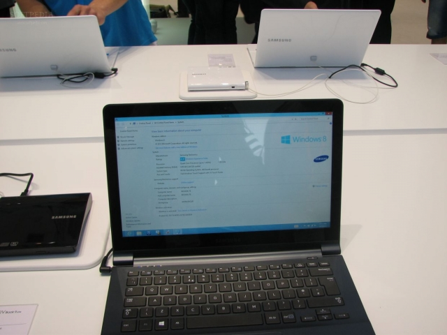 IFA 2013: Samsung ATIV Book 9 Lite