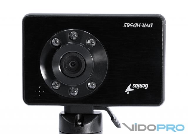 Genius DVR HD565: увидит все