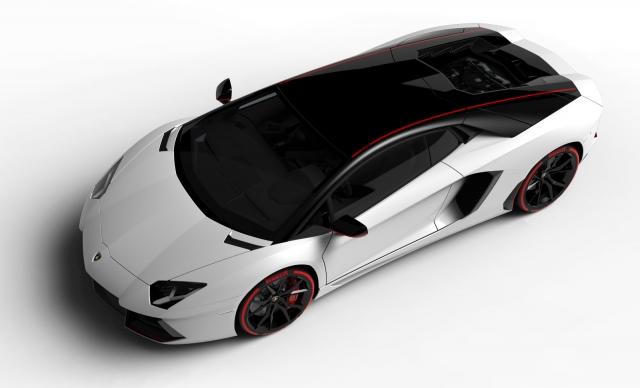 Lamborghini представила новый суперкар Aventador LP 700-4 Pirelli Edition 2015