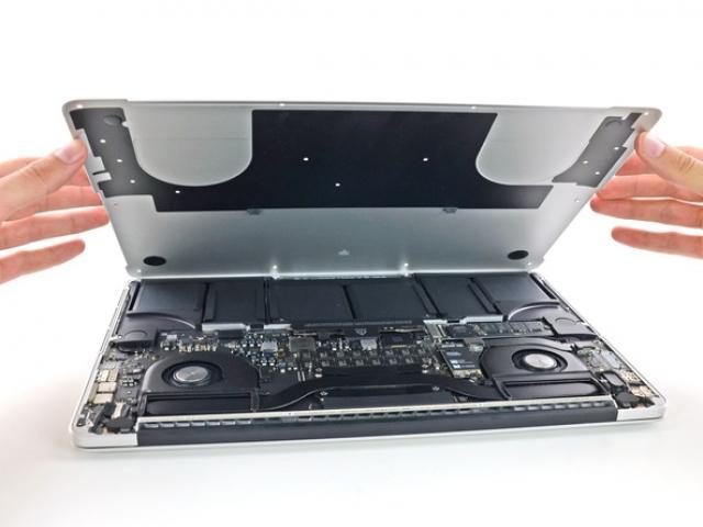 Разбирая MacBook Pro Retina 2013: чинить будет сложно, но запчасти отличные
