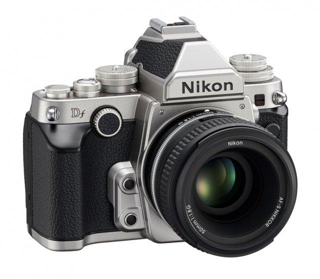 Digital Fusion от Nikon – полный кадр в ретро-стиле