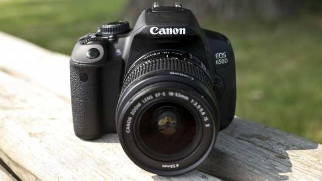 Canon представляет новую камеру EOS 650D