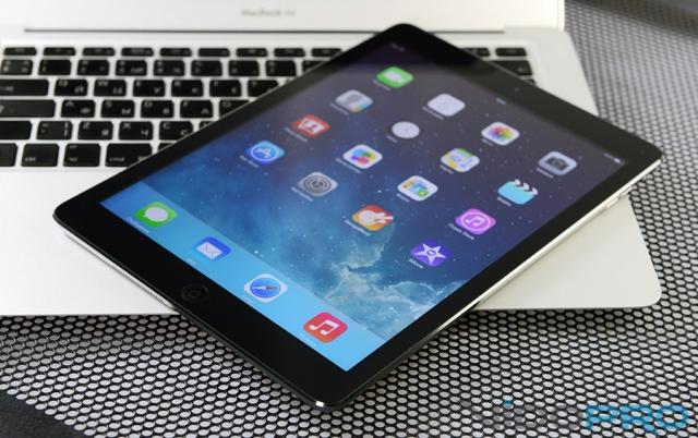 Акция «24 месяца гарантии на iPad Air»