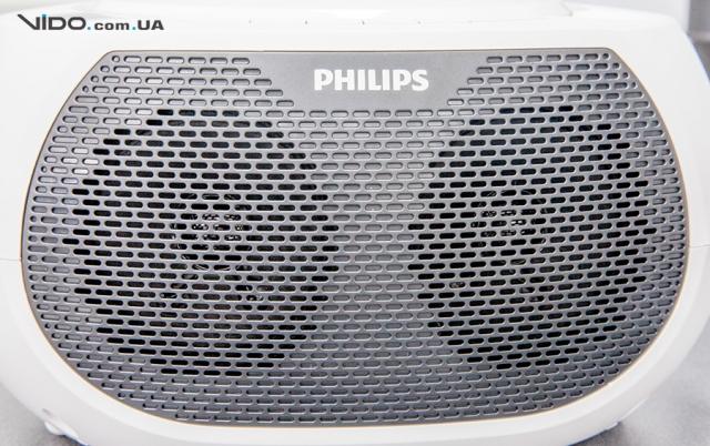 Обзор магнитолы Philips AZ380W/12: поставь на «повтор»