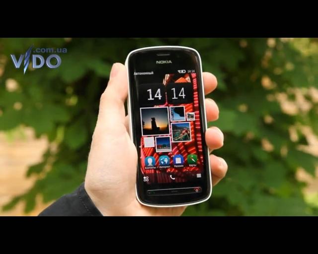 Nokia заявила, камерафон Nokia 808 PureView поступил в продажу в Украине