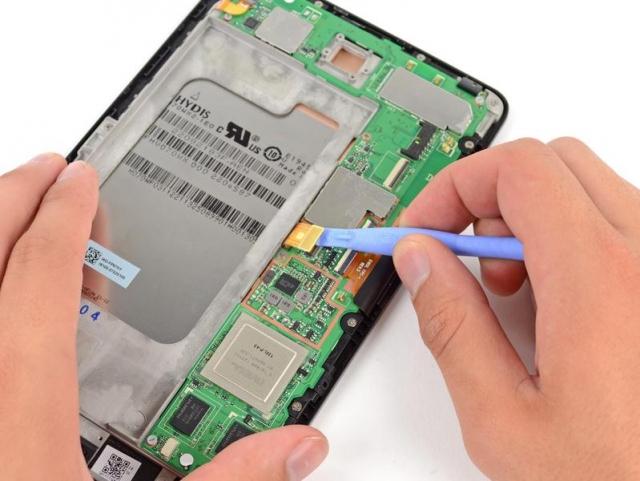 Планшет Nexus 7: только вышел, а уже разобрали. Что же внутри?