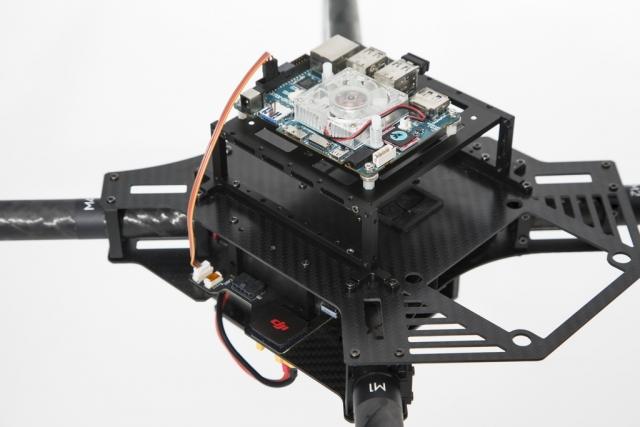 Программируемый квадрокоптер DJI Matrice 100 с поддержкой второй батареи