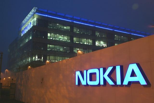 Убытки Nokia во втором квартале составили 1 млрд. долларов