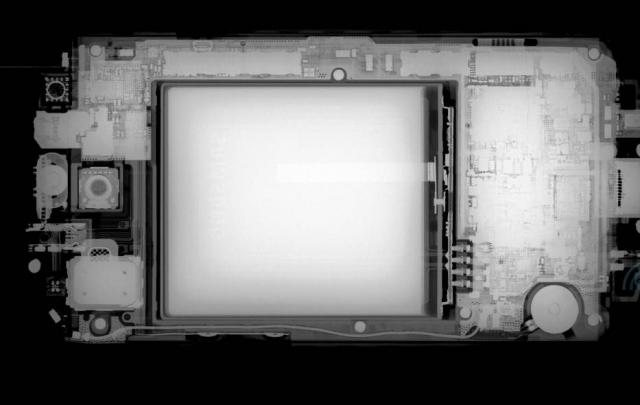 Samsung Galaxy S III в лучах рентгена
