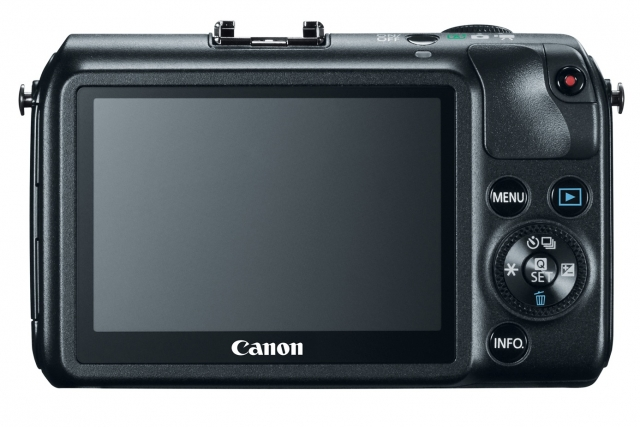 Canon EOS M – новое имя в царстве беззеркалья