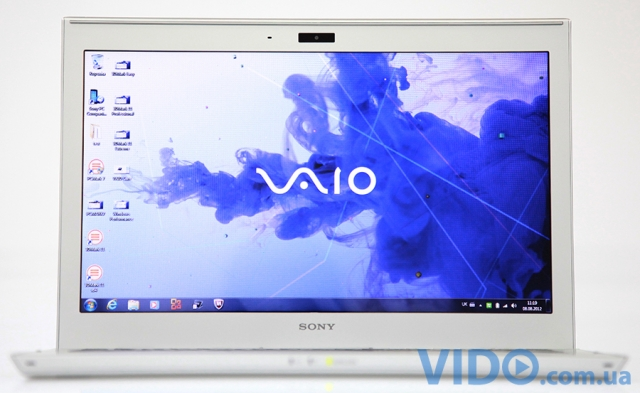 Sony VAIO SVT1311Z9R/S: серебристая сказка