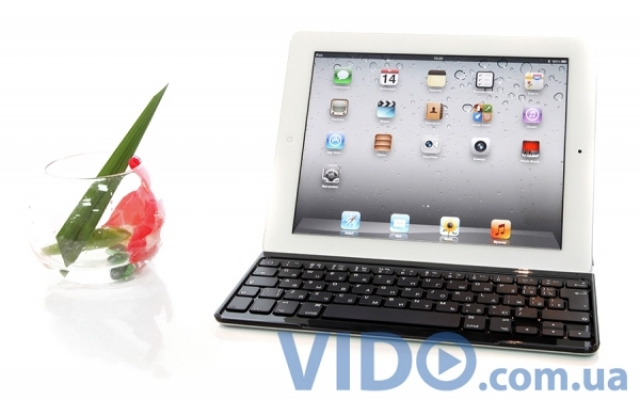 Logitech Ultrathin Keyboard Cover: сделайте из iPad'а ноутбук!