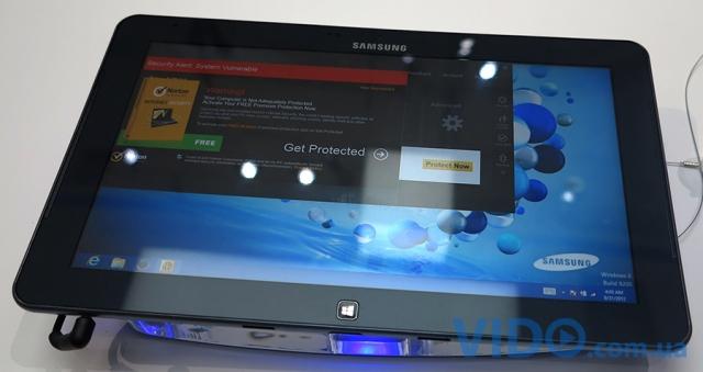 Репортаж IFA 2012: Samsung ATIVsmart PC – нетбук и планшет в одном устройстве