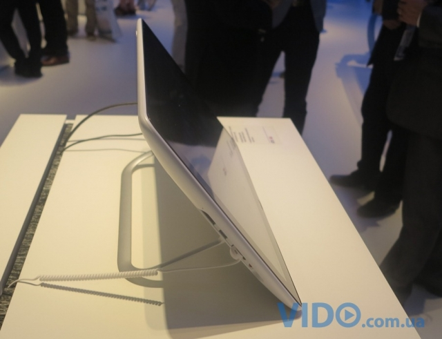 Репортаж IFA 2012: Sony VAIO Tap 20 – моноблок или планшет?
