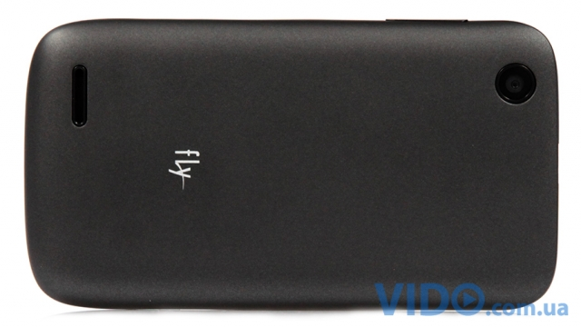Fly E154: бюджетный Dual-SIM, который похож на Android-смартфон