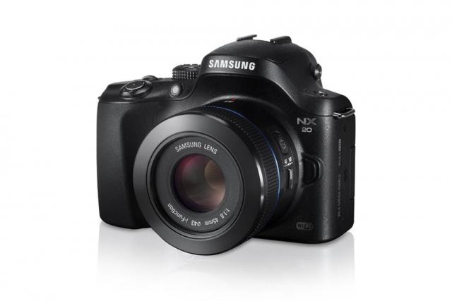 Новые съемные объективы для системных компактных камер линейки Samsung NX