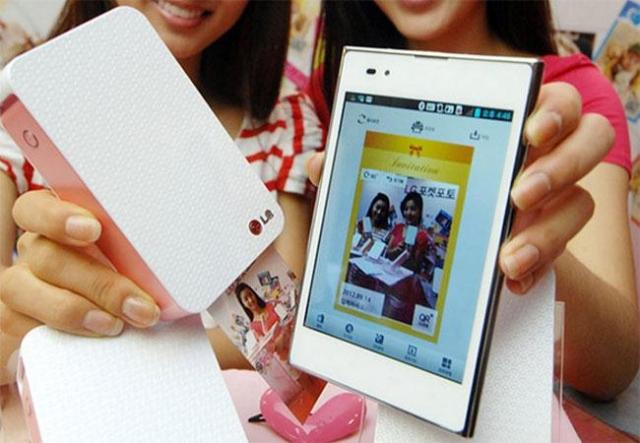 Pocket Photo – мобильный фотопринтер от LG