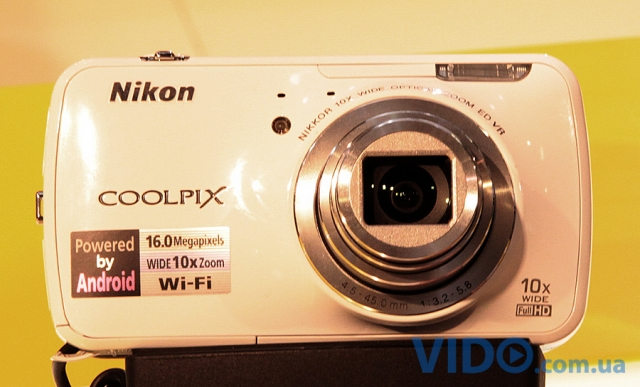 Photokina 2012: Nikon Coolpix S800c – Android-фотоаппарат
