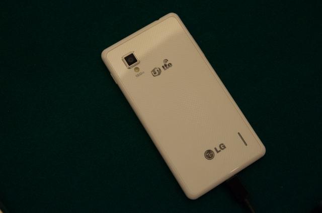 Фотографии и тесты LG Optimus G