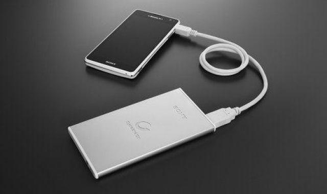 Sony начнет производство внешних батарей для мобильных телефонов и планшетов на базе собственных технологий